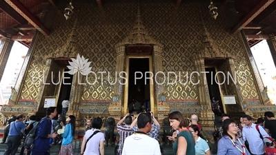 Ubosot Entrance at the Emerald Temple/Chapel (Wat Phra Kaew) at the Grand Palace (Phra Borom Maha Ratcha Wang) in Bangkok