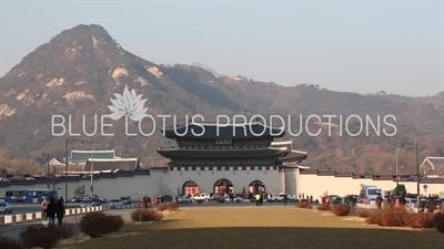 Gwanghwa Gate (Gwanghwamun) and Bugak Mountain (Bugaksan) in Seoul